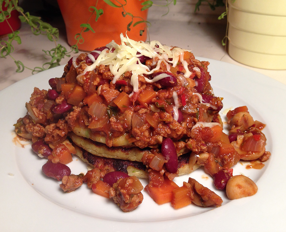 Veggie chilli with potato pancakes